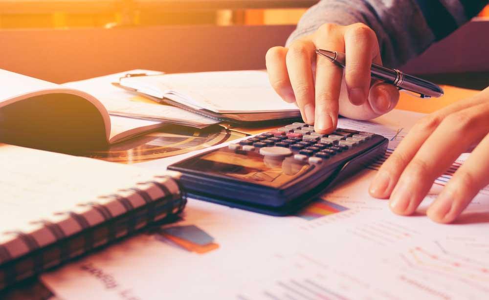 ¿Es legal facturar sin ser autónomo en Bizkaia?